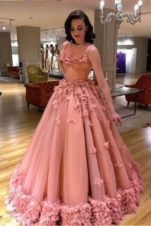 Luxury Tulle Sleeveless Ball Gown Prom Dress with Flowers .