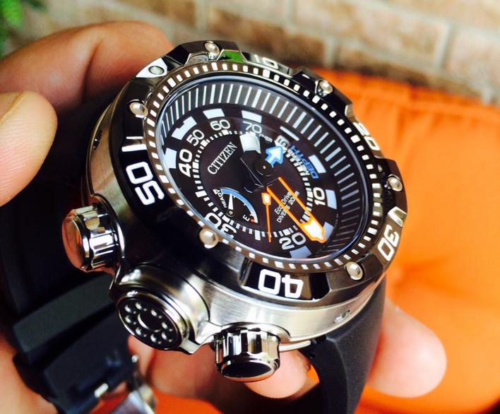 Citizen Men's BN2029-01E Promaster Aqualand Dive Watch Revi
