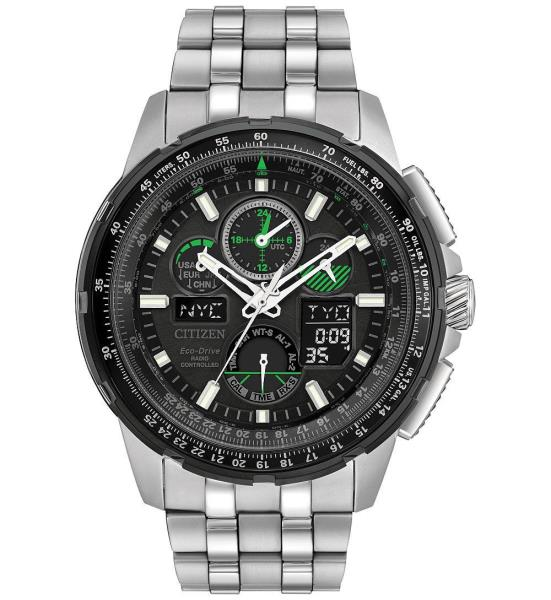 Citizen Men's Skyhawk A-T Eco-Drive Atomic World Time Green Watch .