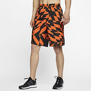 Mens Football Shorts. Nike.c