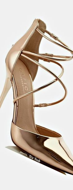 982 Best Gold Shoes images in 2020 | Shoes, Me too shoes, Gold sho