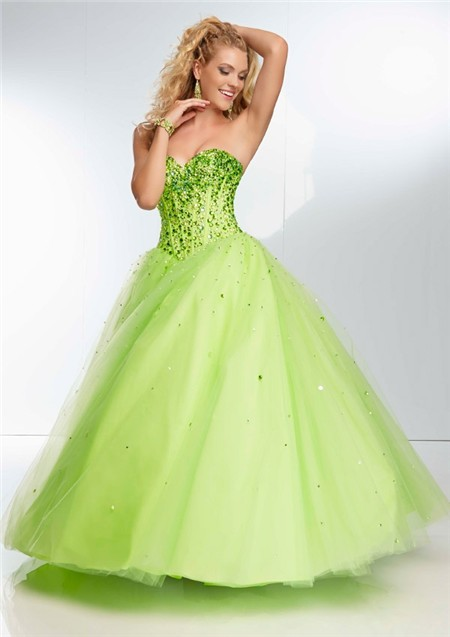 Ball Gown Strapless Sweetheart Corset Back Long Lime Green Tulle .