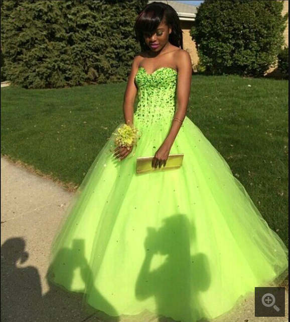 New Ball Gown Sweetheart neck Beaded Lime Green Prom Dresses Long .