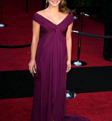 9 Stunning red carpet maternity gowns – SheKno