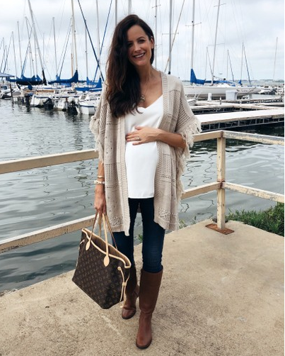 fall maternity outfits by The Miller Affect | The Miller Affe