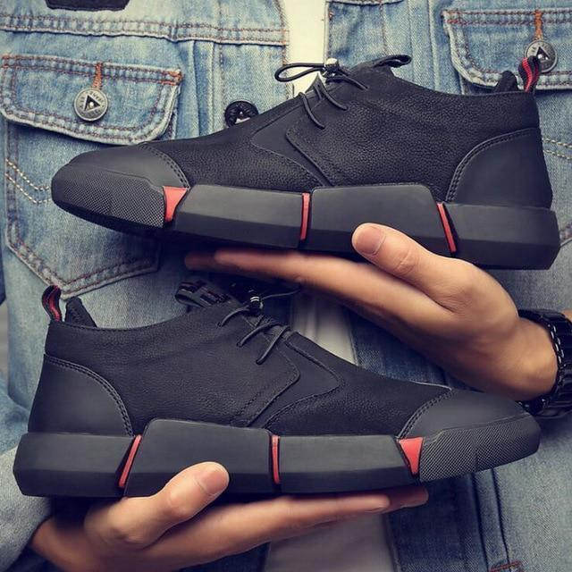 New Brand High Quality All Black Mens Leather Casual Shoes Fashion .