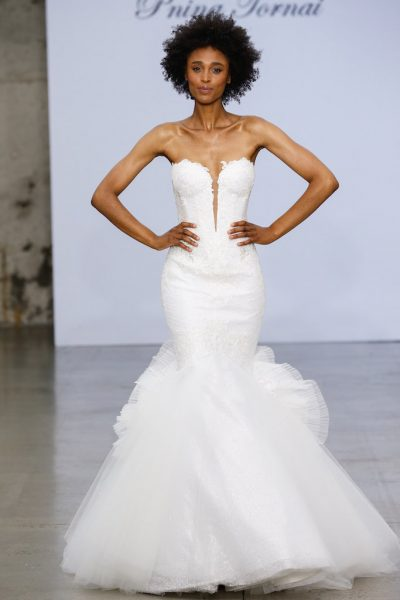 Strapless Sweetheart Neckline Lace Mermaid Wedding Dress With .