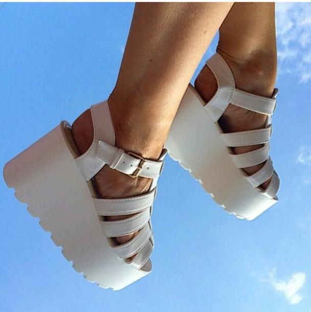 shoes, women, sandals, urban outfitters, steve madden, platform .