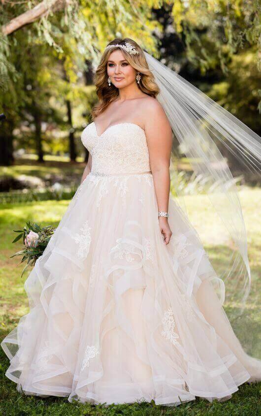 Plus SIze Wedding Dresses | Pink Lace Plus Size Wedding Dress .