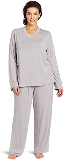 Casual Moments Women's Plus Size Pajama Set, V-Neck Top X at .