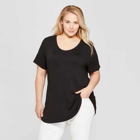 Women's Plus Size Relaxed Fit Short Sleeve Scoop Neck T-Shirt .