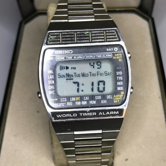 Seiko Accessories   Vintage Digital Watch World Timer A2395009 .
