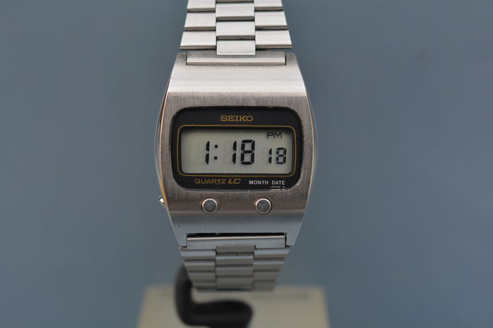 Seiko LCD vintage men's wristwatch from the 1970s - Catawi