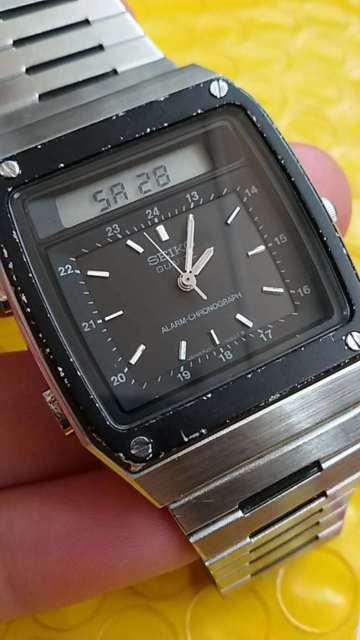 Seiko James Bond Analog Digital Watch H357-5049 Roger Moore .