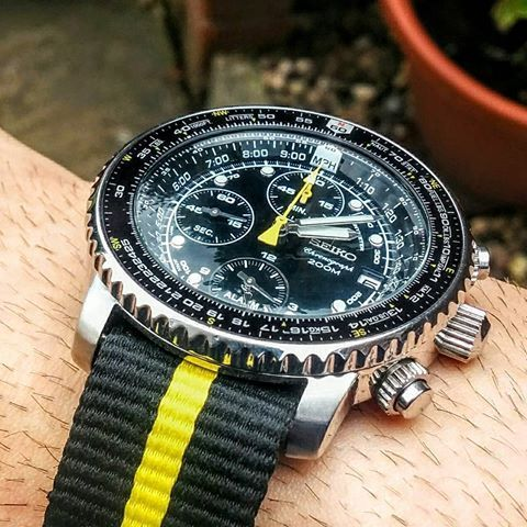 Seiko flightmaster on a yellow and black nato strap. Love the .