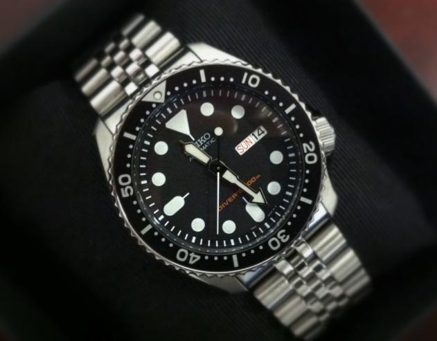 Seiko SKX007K2 Diver's Automatic Men's Watch | Men Watches Sh