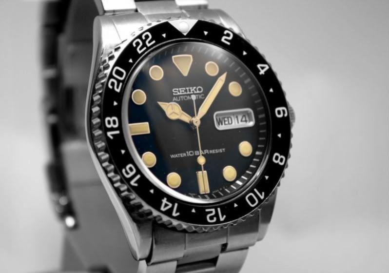 Seiko SKX031 | Seiko, Seiko watches, Cool watch