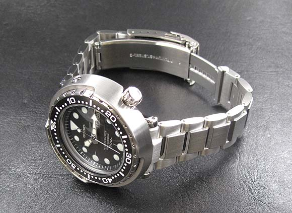 Buying a (Seiko) Tuna - Worn & Wou