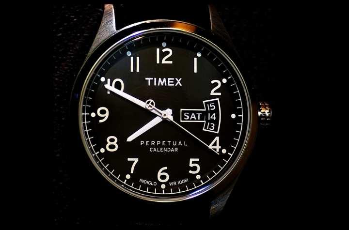 Timex Indiglo Watch Collection - SuperWatch