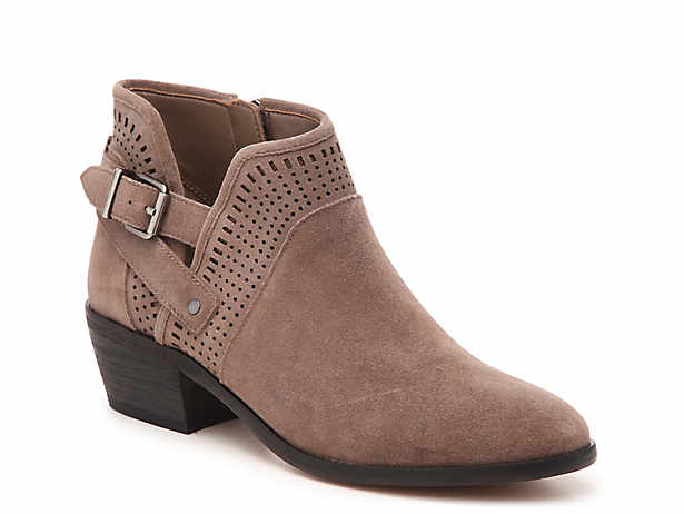Vince Camuto Shoes, Boots, Sandals, Heels & Handbags | DSW | D