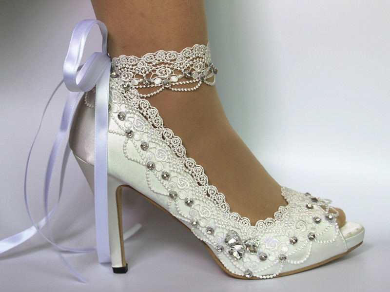 Maid of Honor, Bridesmaid, Mother of the Bride Wedding Shoes, High .