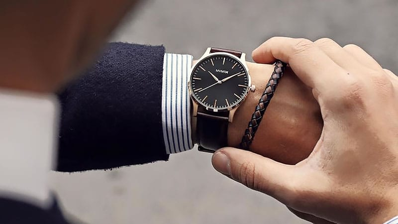 How to Choose a Watch for Your Wrist Size - The Trend Spott
