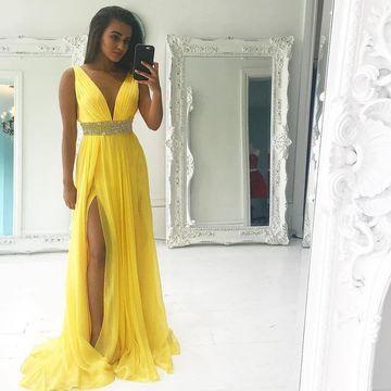 $119.99 Yellow Long Prom Dresses 2020 A-line V-Neck Sleeveless Chiff