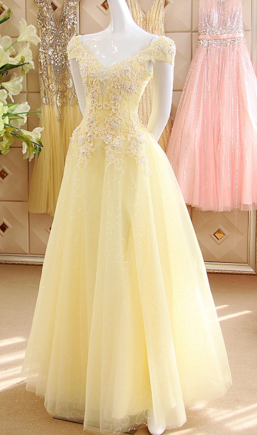 Pastel Yellow Cap Sleeves Sequined Tulle Prom Dresses,Sexy V Neck .