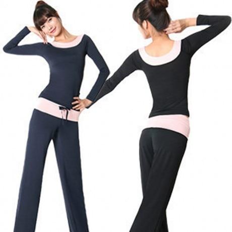 Female yoga clothes set yoga clothing loose sports clothes ladies .